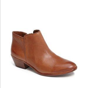 Sam Edelman Petty Chelsea Boots ankle 8.5