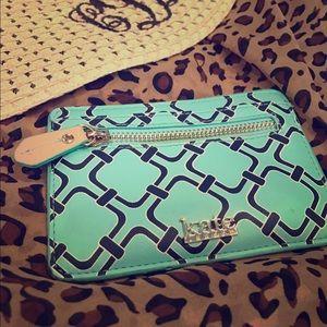 Kate Landry Handbags - Credit card wallet. EUC.