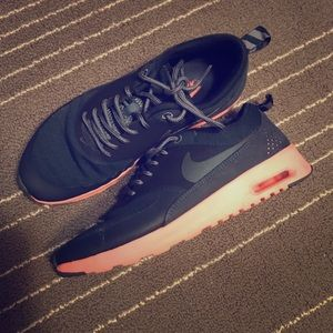 Nike Shoes - Nike Thea Theas