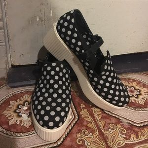 Shellys London Polkadot Platforms