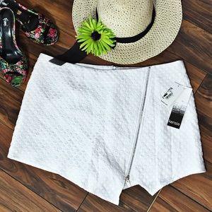 Kensie Pants - Kensie White Dot Asymmetrical Skort with Zipper