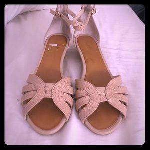 Seychelles Shoes - NWOT Seychelles nude light pink wedge sandal