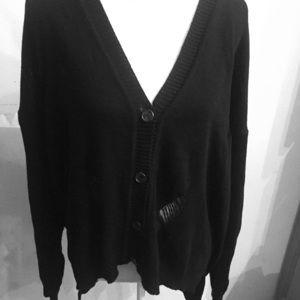 olivia sky Sweaters - Black sweater with the tore look