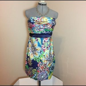 Teeze Me Dresses & Skirts - 🆕Listing: Teeze Me Bold Floral Strapless Dress