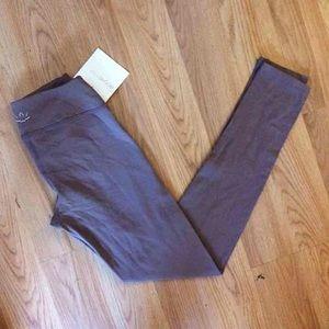 Beyond Yoga Pants - Nwt Beyond Yoga Essential Yoga legging full length