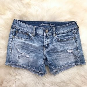 American Eagle Medium Wash Frayed Denim Shorts