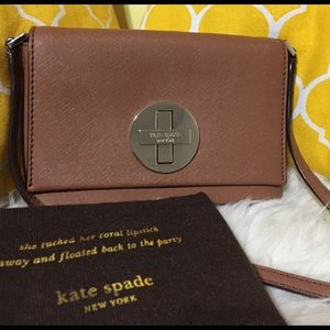 kate spade Handbags - 🌸OFFERS?🌸Kate Spade All Leather Crossbody