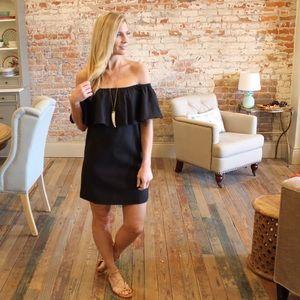 Dresses & Skirts - Black off shoulder ruffle shift dress