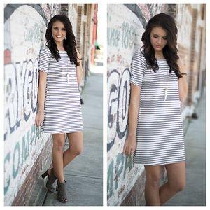 Infinity Raine Dresses & Skirts - Black and ivory striped knit shift dress