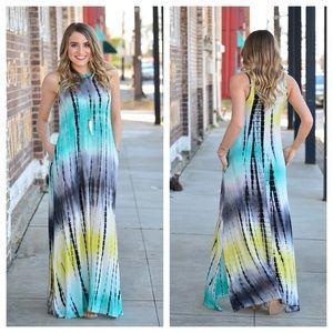 Infinity Raine Dresses & Skirts - Crew neck sleeveless tie dye maxi dress