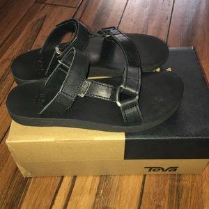Teva Shoes - Teva