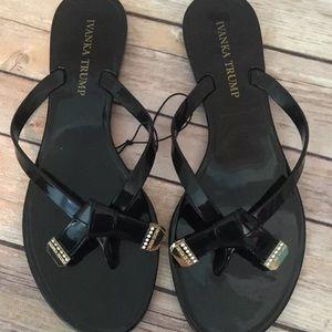 Ivanka Trump Shoes - (Req sz)Ivanka Trump BlackBow GLD Rhnstn JellySand