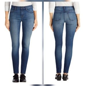 J Brand Denim - J Brand Super Skinny Mid Rise Jeans in Decoy