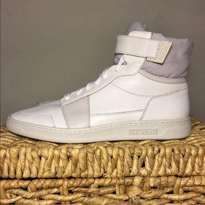Bikkembergs Other - $400 Mens bikkemburgs leather hightop sneaker 42 9