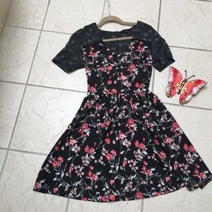 New Look Dresses & Skirts - New Look floral dress