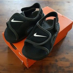 Nike Other - NEW NIKE Sandals, 6C