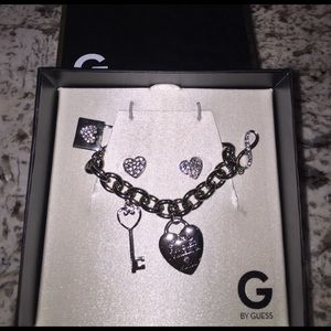 G by Guess Jewelry - 💞Bracelet and heart earrings💞