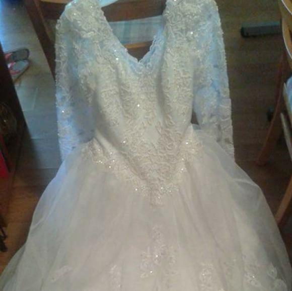 Oleg Cassini Dresses & Skirts - Wedding dress with veil and tiara plus slip