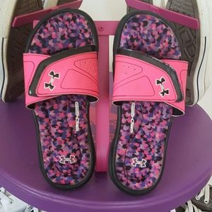Under Armour Other - Girl's Under Armour Flip Flops