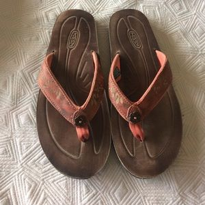Keen Shoes - Worn once keen sandal.