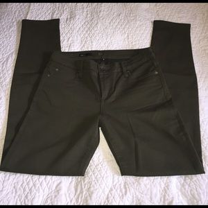 Kut from the Kloth Pants - NWOT KUT Diana Olive skinny jeans