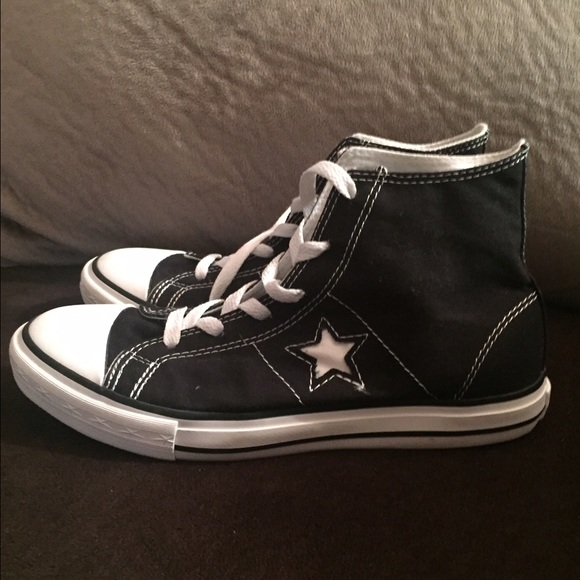 Converse Shoes - Sale! Converse One Star Black high tops size 5 9c6ce08d52