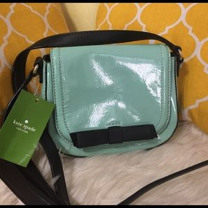 kate spade Handbags - 🌸OFFERS?🌸Kate Spade Patent Leather Crossbody bow