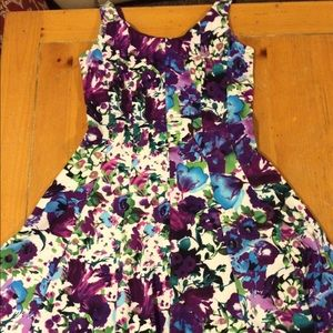 Connected Apparel Dresses & Skirts - Connected apparel floral dress