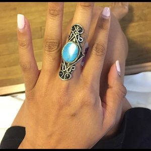 WINDSOR Jewelry - NWT Turquoise art ring wired