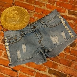 Pants - Fun Distressed Denim Jean Shorts 5