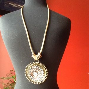 Accessories - Long Chain Necklace with Pennant