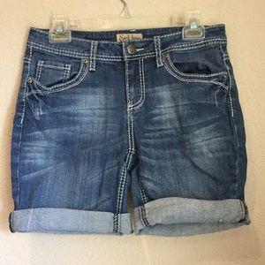 Earl Jeans Pants - Earl jeans denim shorts
