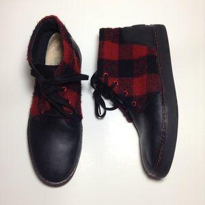 UGG Other - UGG Australia Red/black Plaid Chukka leather Boot