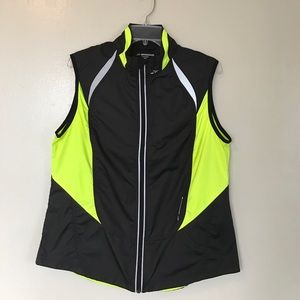 Brooks Jackets & Blazers - Brooks Vest Size Large