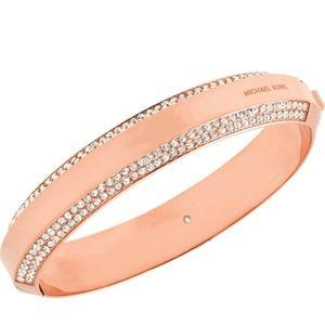 Michael Kors Jewelry - 🌹👑Michael Kors Pave Logo Hinged Bangle💐😍