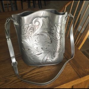 Patricia Nash Handbags - Patricia Nash metallic bucket bag