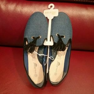 Gold Toe Shoes - NWT Women's Denim/Black Trim Shoes Final Price