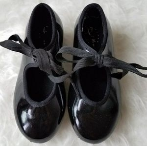 Other - Girls black tap shoes size 8
