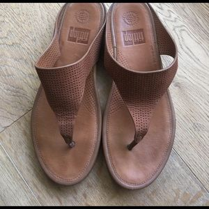 c74c3864dc47c fitflop Shoes - Fitflop perf nubuck toe thong tan sandals