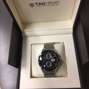 Tag Heuer Other - TAG Heuer Men's CV2A10.BA0796 Carrera Watch