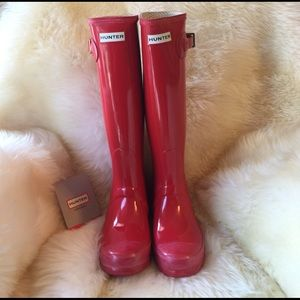 ⚠️SALE ⚠️Tall red glossy Hunter boots