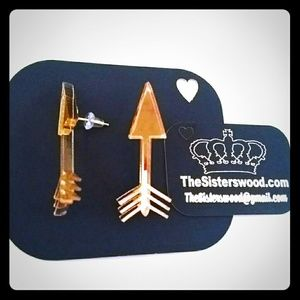 tswcouture Jewelry - GOLD MIRRORED ARROW EARRINGS