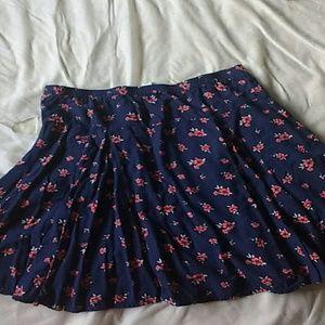 Old Navy Dresses & Skirts - Old navy floral skater skirt