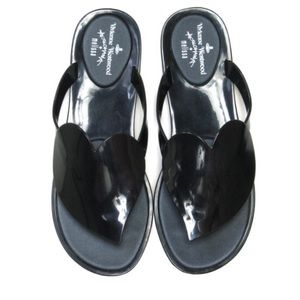 Melissa Shoes - Vivienne W. + Melissa Anglomania Heart Flip Flop