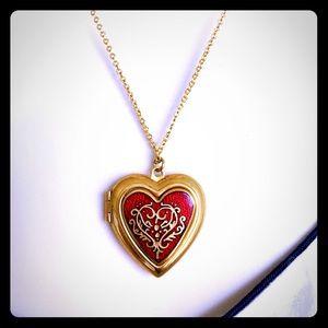Jewelry - Beautiful, Renaissance-inspired Red Heart Locket