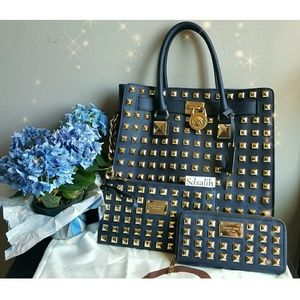 Michael Kors Handbags - Authentic MK 💎RARE💎Hamilton Set