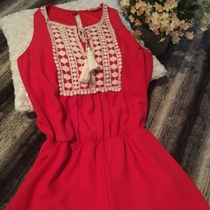 Peach Love Other - NWOT! Red/ Cream lace detailed romper