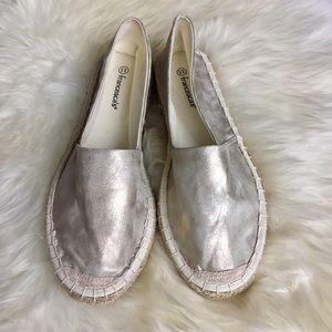 Francesca's Collections Shoes - NWOT Francesca's Gold Faux Leather Espadrilles
