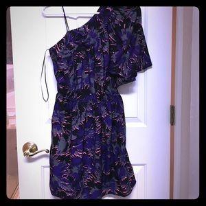NWOT, One shoulder short dress