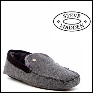 Steve Madden Other - STEVE MADDEN Moccasin SLIPPERS FauxFur Lined Flats